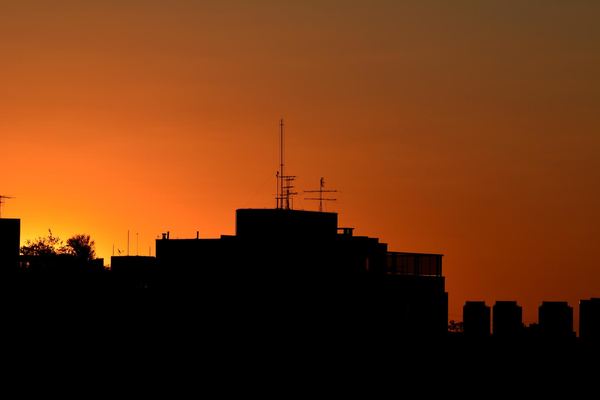 Epílogo de um Pôr do Sol Paulistano